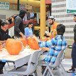 Liston Student Government sponsors third annual pumpkin carving event