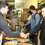 Student Government welcomes night students with cookies and coffee